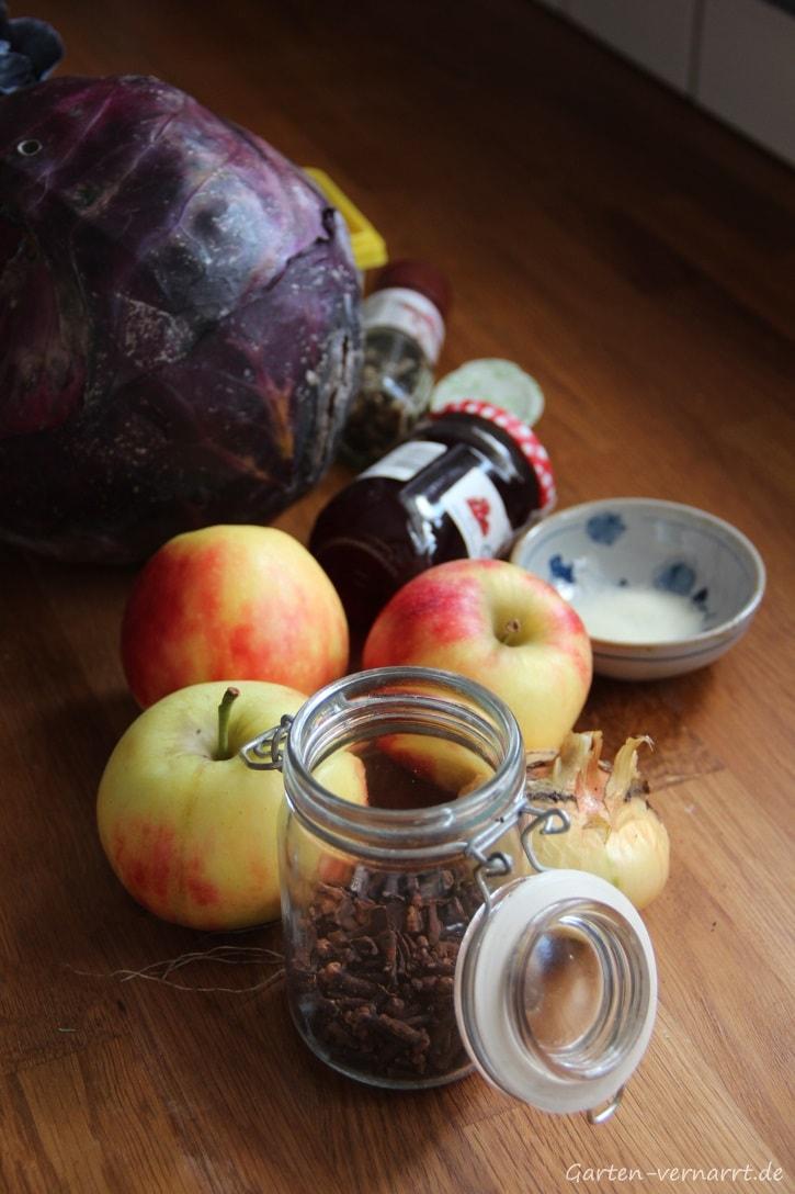 Rotkohl selber machen mit Zutaten aus dem eigenen Garten